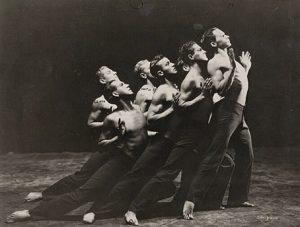 Il ballerino Ted Shawn sul palco